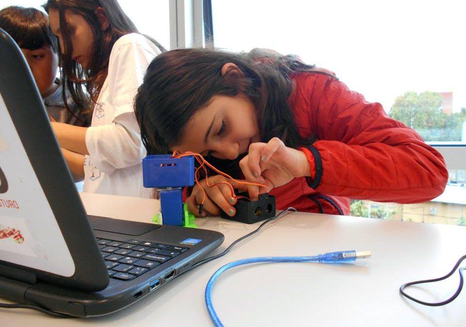 Los padres creen que los chicos rinden mejor que las chicas en informática